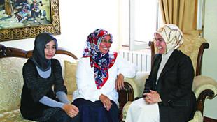 Dilipak'ın eşi de isyan etti: ''Bizi AK kadınlar karalıyor''