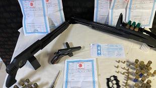 Silah kaçakçılarına şafak operasyonu: 5 gözaltı