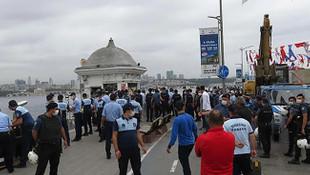 İstanbul Boğazı'nda 2 büfeye yıkım kararı ortalığı karıştırdı