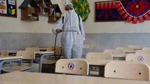 AK Parti MKYK'da ''Okullar açılsın'' önerisi
