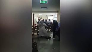 Çapa'da dehşet anları! Bir sağlık çalışanı daha darp edildi