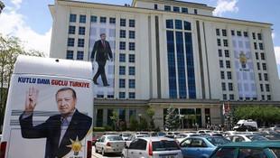 AK Parti son anketleri beğenmedi, kendi anketini açıkladı