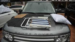 Galericilerden lüks araçlara dolu önlemi! Yorgan, yastık, sandalye...