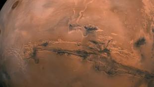 Mars'ta tuzlu göletler keşfedildi