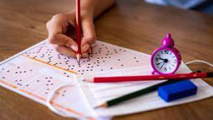 Bursluluk sınavına 1,3 milyon öğrenci katıldı
