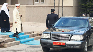 Diyanet İşleri Başkanı Erbaş'ın zırhlı Mercedes'i yeniden gündemde