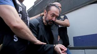 Adnan Oktar'ın cezası açıklanınca böyle bağırdılar: ''Ohh Adnan ohh''
