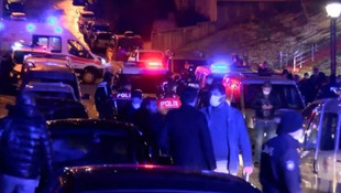 Öfkeli kadın, 4 komşusunu tüfekle yaraladı