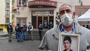 Diyarbakır'daki evlat nöbeti 500'üncü gün! Bir aile daha katıldı