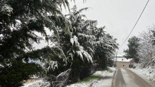İstanbul beyaza büründü! İşte kentten kar manzaraları