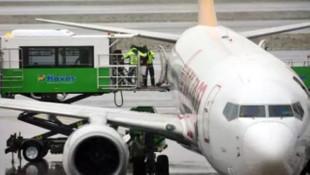 Yolcu uçağında hareketli dakikalar! İstanbul Havalimanı'na acil iniş yaptı