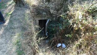 Binlerce yıllık mezar odanın gizemi çözülemiyor