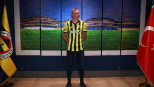 Fenerbahçe, Macar stoper ile 4,5 yıllık anlaşma imzaladı