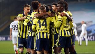 Fenerbahçe galibiyet serisini 3 golle sürdürdü