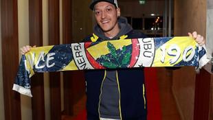 Transferler peş peşe açıklanıyor! İşte Süper Lig'in yeni yıldızları...