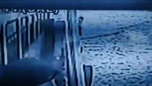 Kadıköy vapurunda intihar anı kamerada