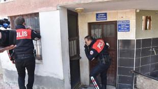 Yaşlı kadın evinde ölü bulunmuştu! Cinayet şüphelisi cami tuvaletinde yakalandı