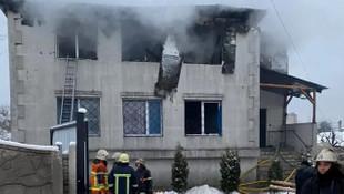 Huzurevinde korkunç yangın: 15 kişi öldü
