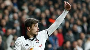 Fenerbahçe Dorukhan Toköz transferini bitiriyor!