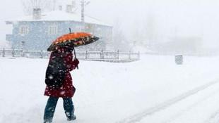 İki ilde daha eğitime kar engeli