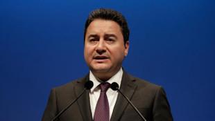Babacan: Cumhurbaşkanı ve akraba bakan el ele verip rezervleri harcadı
