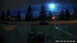 Herkes bu görüntüleri konuşuyor: Meteorun düşme anı kamerada!