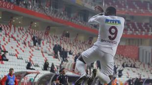 Hatayspor açıkladı: Fenerbahçe Boupendza için iyi teklif yaptı