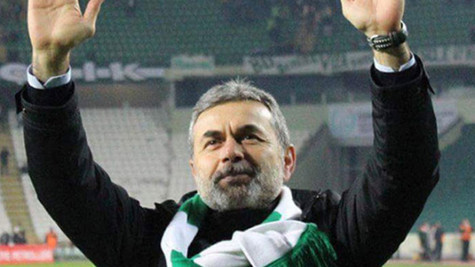 Atiker Konyaspor Aykut Kocaman ile görüşmelere başladı