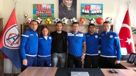 Fenerbahçeli Barış Alıcı'dan Altınordu ziyareti