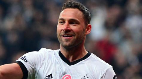 Dusko Tosic Beşiktaş'a geri dönüyor