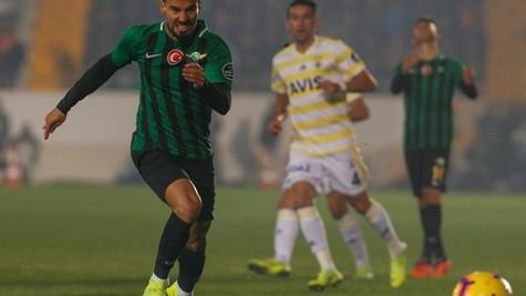 Fenerbahçe Akhisar'da yıkıldı ! Sarı Kanarya artık düşme hattında