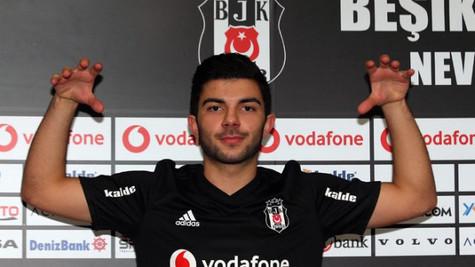 Beşiktaş Muhayer Oktay ile 4.5 yıllık sözleşme imzaladı