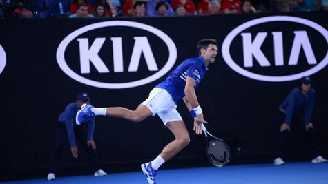 Novak Djokovic Avustralya Açık'ta üçüncü tura yükseldi