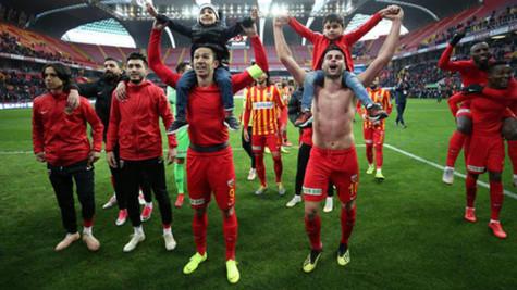 Kayserispor'un Süper Lig'de bileği bükülmüyor