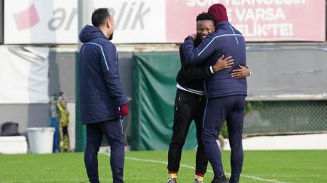 Ogenyi Onazi Trabzon'a döndü