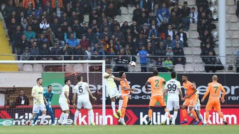 Alanyaspor 1 - 0 Fenerbahçe