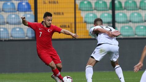 Trabzonspor Yusuf Sarı ile anlaşmaya vardı