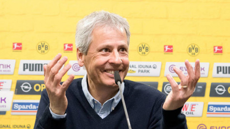 Borussia Dortmund Lucien Favre'nin sözleşmesini uzattı