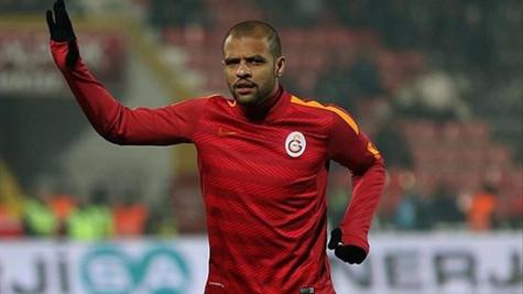 Galatasaray, Felipe Melo'nun doğum gününü unutmadı