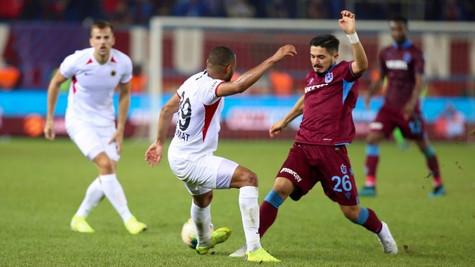 Trabzonspor'un kabusu; Mete Kalkavan!