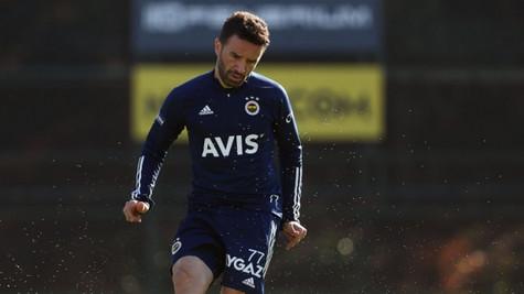 Fenerbahçe'de derbi öncesi Gökhan Gönül şoku