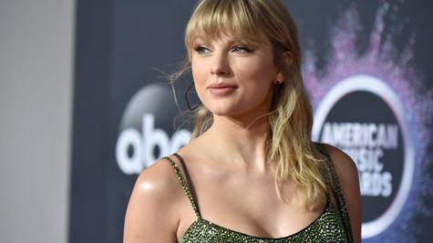 Taylor Swift maddi gücü olmayanlara yardım ediyor