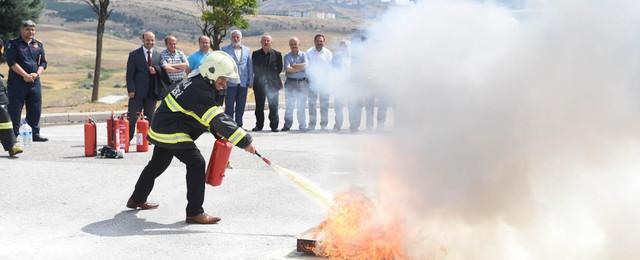 Ankara İtfaiyesi'nden din görevlilerine yangın eğitimi