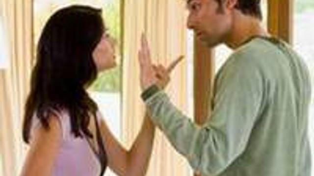 Kıskanç erkekle nasıl baş edilir?