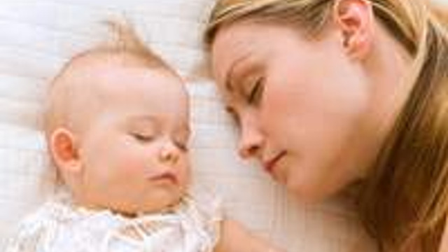 Bebeğinizi uykuya alıştırın