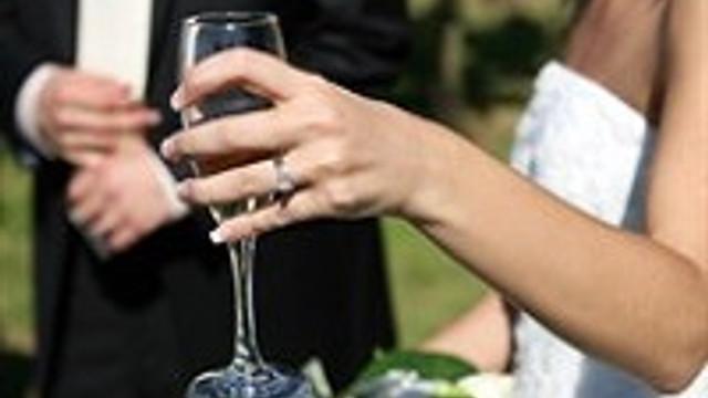 İşte ideal düğün davetlisi !
