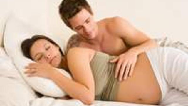 Gebelikte cinsel hayat değişir mi?
