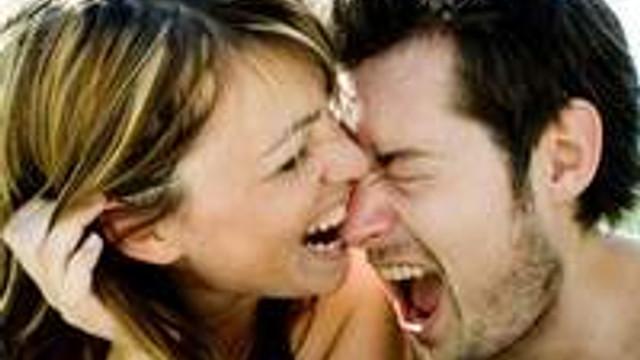 Aşık olmayı abartmak hasta ediyor