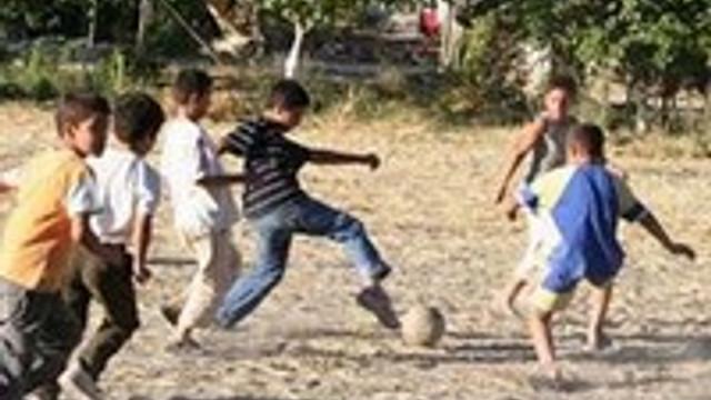 Kırsalın çocukları şehirliden güçlü