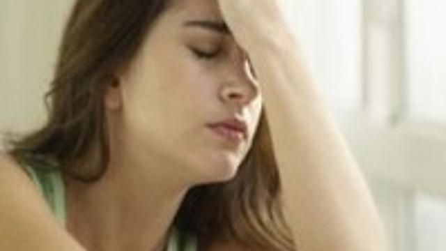 Kötü haberler kadınları derinden etkiliyor